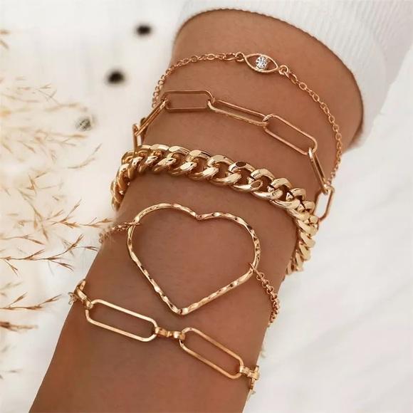 3/$30 💛 5pc Bracelet Set